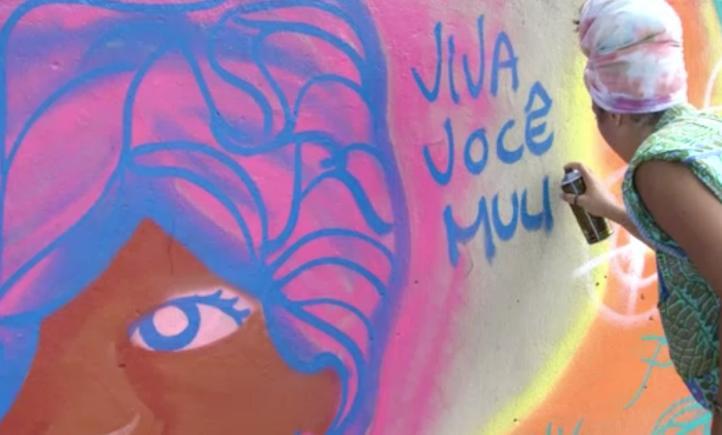 Mujeres brasileñas combaten con arte la violencia de género