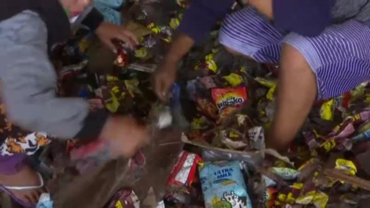 Indonesia: empieza a llegar ayuda a zona afectada por sismo