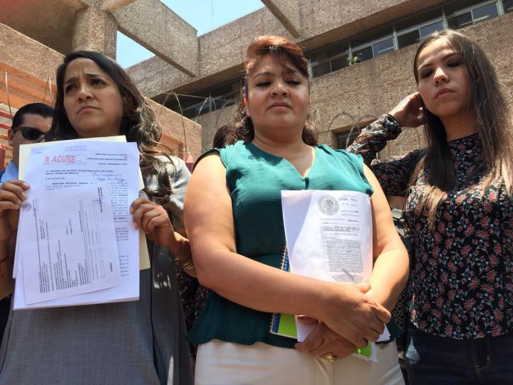 Nestora Salgado demanda a Meade por daño moral