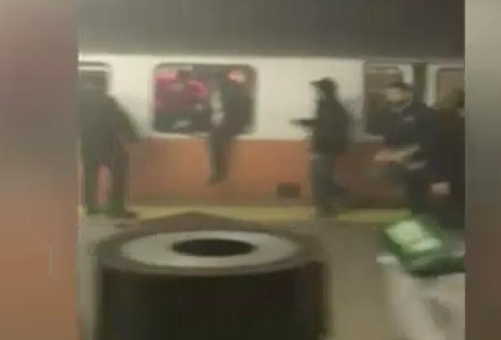 Pánico entre pasajeros por humo en tren en Boston