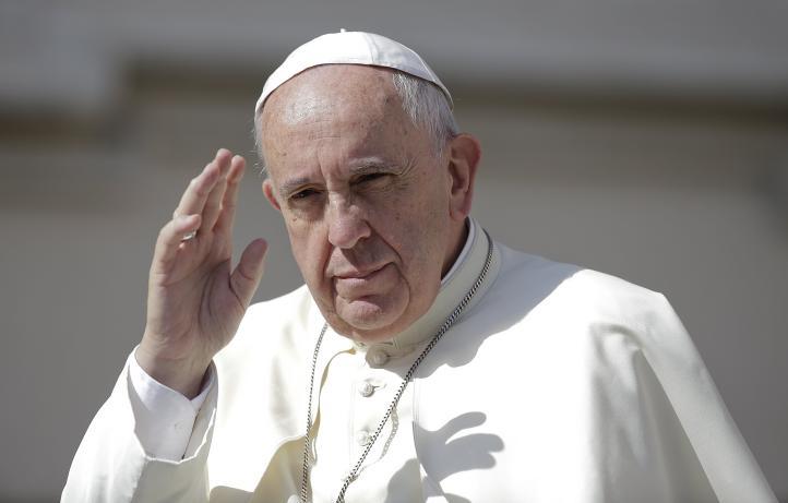 Actuación decisiva para salvar al planeta, pide el Papa