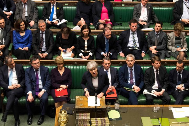 Parlamento británico vota contra Brexit sin acuerdo