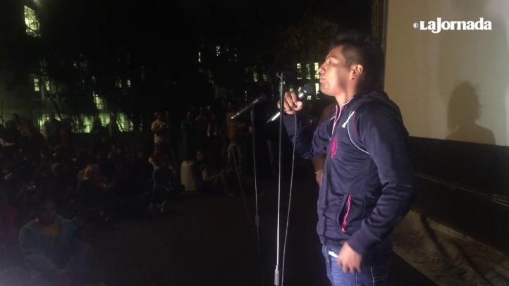 """""""No nos van a callar"""": normalista que estuvo en los ataques en Iguala"""