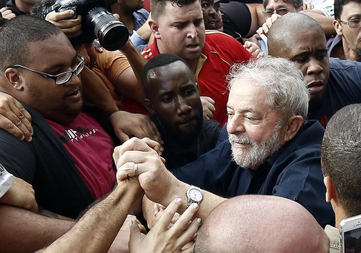 Brasil: Policía señala a Lula en caso de corrupción