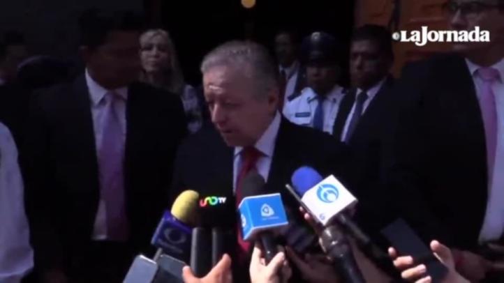 El ministro de la SCJN, Arturo Zaldívar, y AMLO se reúnen en privado por primera vez