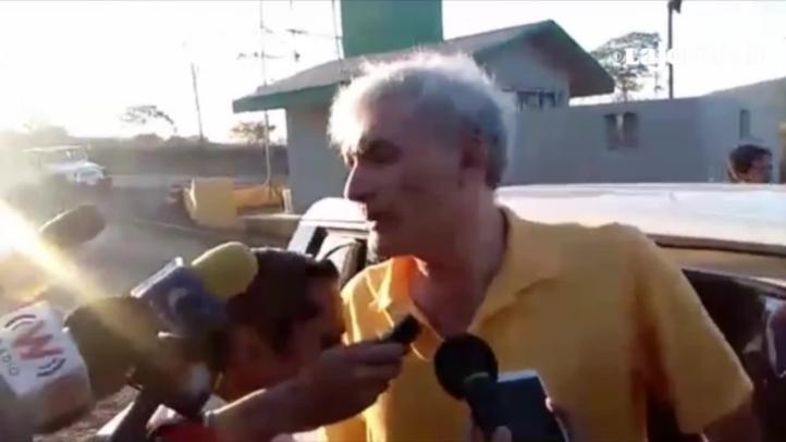 Sale José Manuel Mireles del penal federal de Tepic