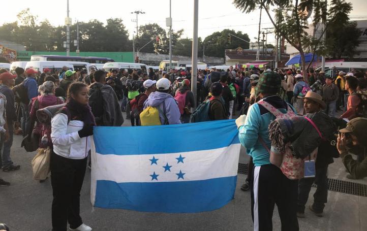 Sale parte de la Caravana Migrante a Querétaro