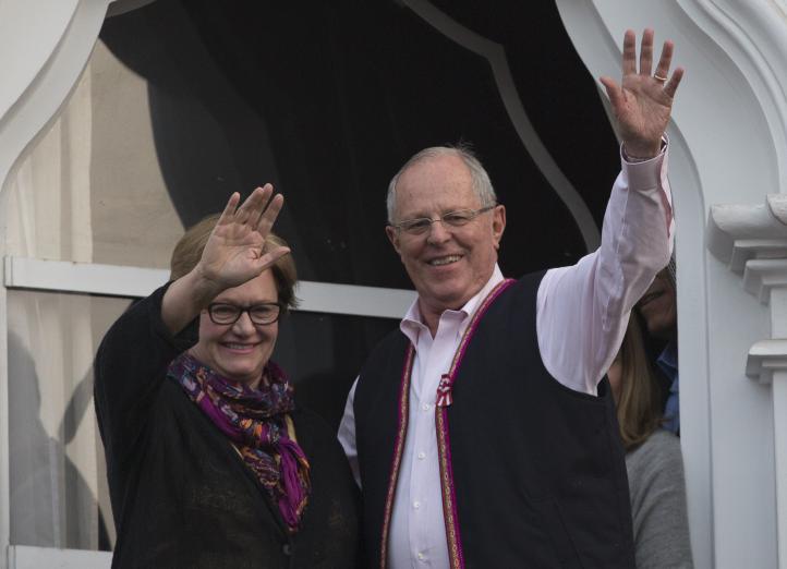 Perú: Execonomista de Banco Mundial lidera elección