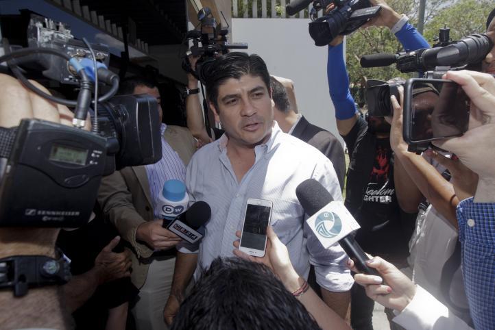 Oficialista se impone en elección presidencial en Costa Rica