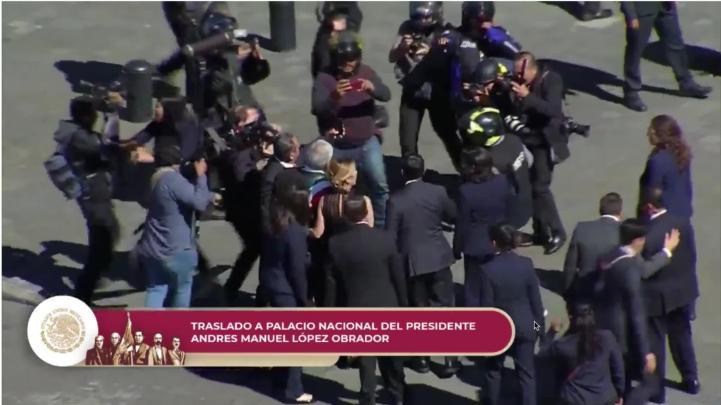Llega AMLO a Palacio Nacional