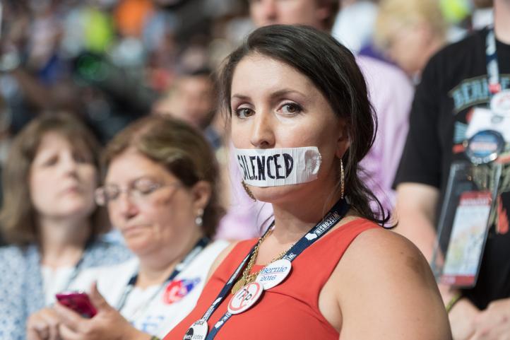 Arranca la convención demócrata en Filadelfia