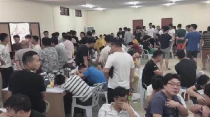 Arrestan en Filipinas a 324 chinos por apuestas ilegales