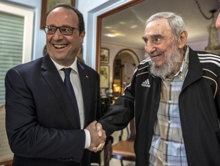 François Hollande inició la primera visita de un presidente francés a Cuba.
