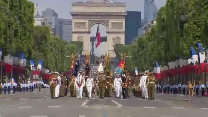 Celebran el 14 de julio en Francia