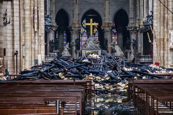 Varios tesoros de Notre Dame se salvan del fuego