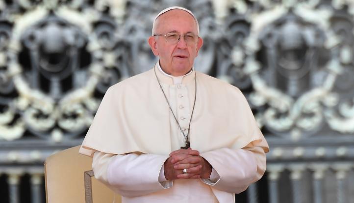 Lamenta el Papa abusos sexuales del clero en Irlanda