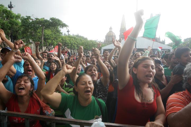 Festejos en Guadalajara por la victoria de México contra Croacia