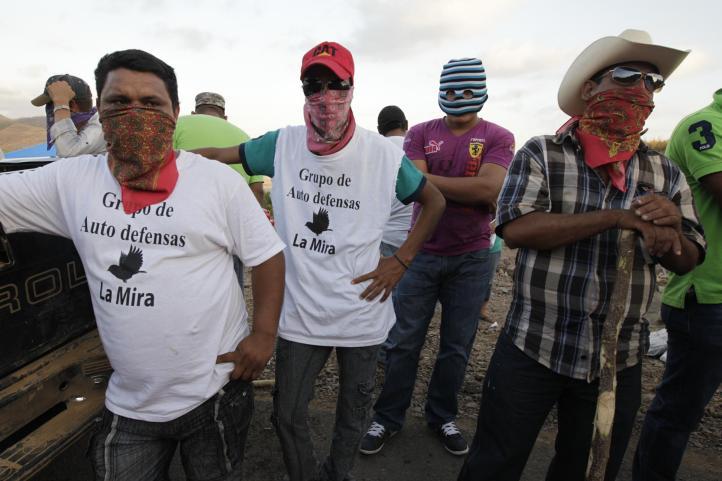 Colocan falsos autodefensas retén en Chuquiapan para frenar a comunitarios