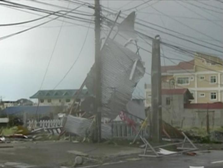 Siete personas fallecieron por tifón en Filipinas