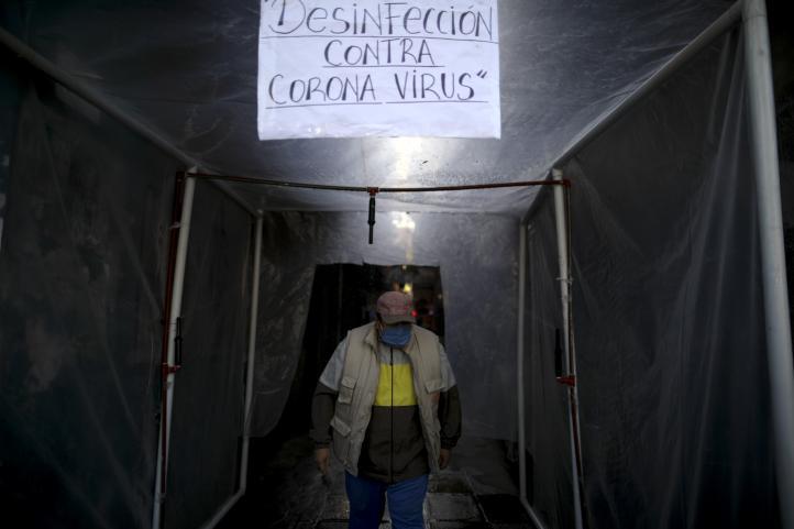 Argentina extrema medidas en barrio pobre ante contagios de Covid-19