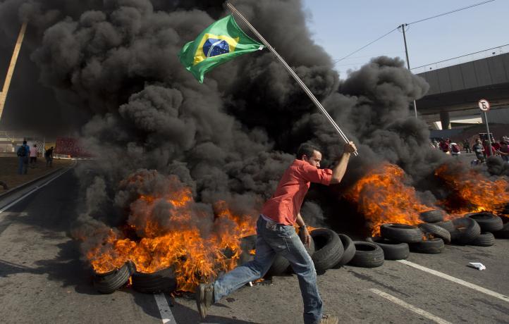Jornada de protestas en Brasil contra los altos costos del Mundial