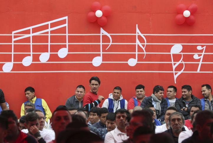 Beethoven tras las rejas: Perú rehabilita presos con música
