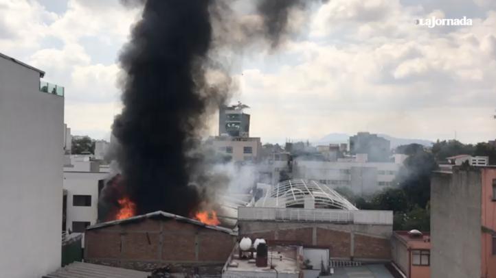Controlan incendio en Portales; no hay lesionados