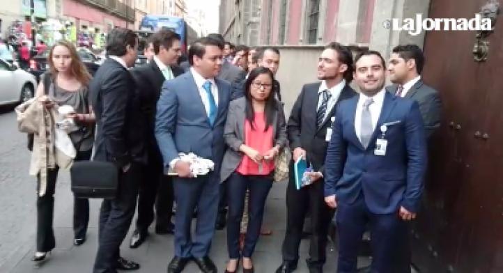 Jóvenes que participan en el diálogo con Peña Nieto opinan sobre encuentro