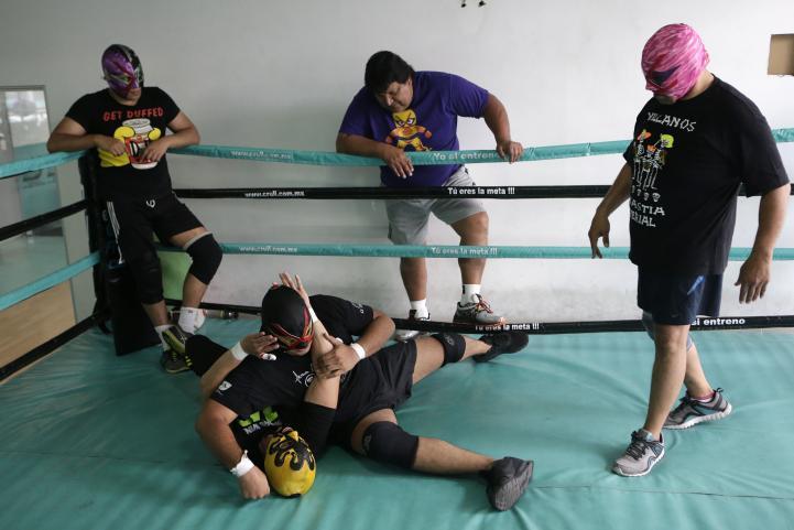 Lucha libre: Las batallas fuera del ring