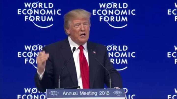 Trump busca inversión en Davos pese a sus políticas proteccionistas