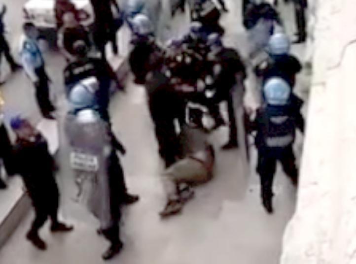Agreden policías a trabajadores de Bellas Artes