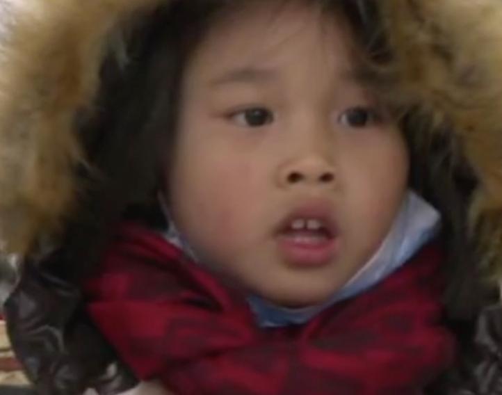 Chinos reaccionan al fin de la política de hijo único