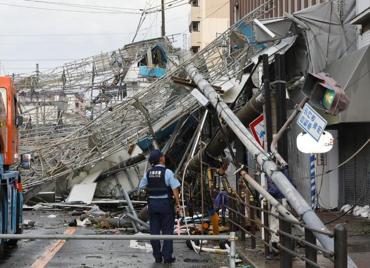 """El tifón """"Jebi"""" azota Japón: deja 8 muertos"""