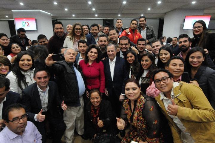 Ivonne Ortega se suma a precandidatura de Meade
