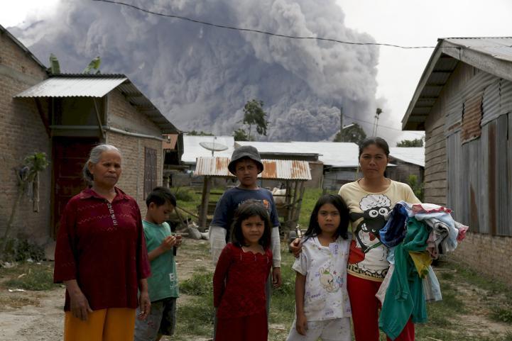 El volcán Sinabung sigue activo