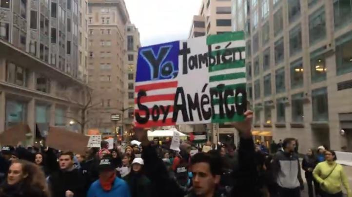 Los latinos se sumaron a las protestas contra Trump