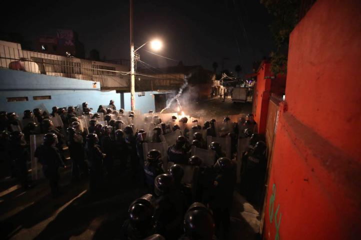 Operativo contra mototaxis desata gresca en Culhuacán