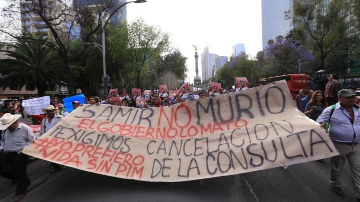 Miles exigen justicia por el asesinato de Samir Flores