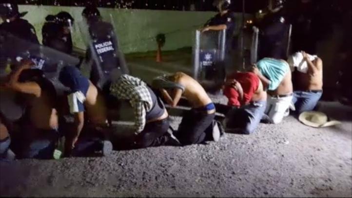 64 detenidos al dispersar bloqueo en la autopista del Sol