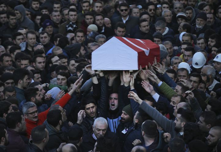 Estado Islámico reivindica ataque contra club de Estambul