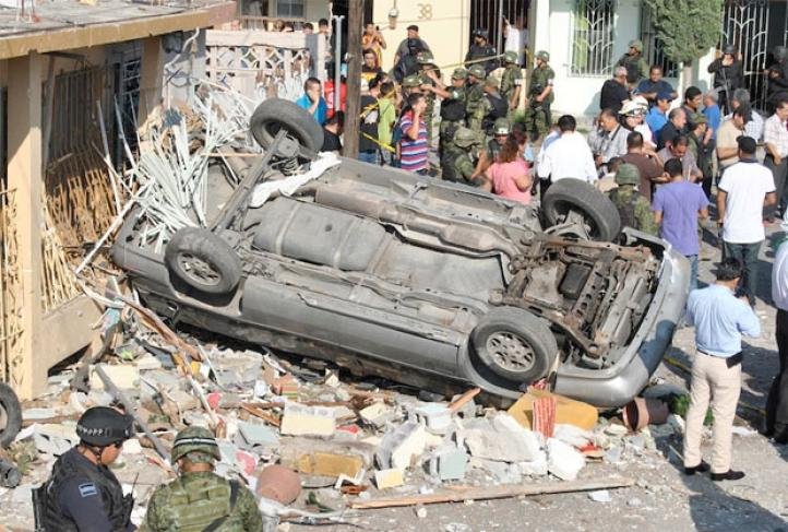 Deja dos muertos y seis heridos explosión en Nuevo Laredo