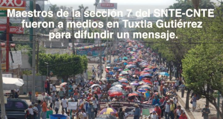 Maestros difunden mensaje en la radio y televisión en Chiapas