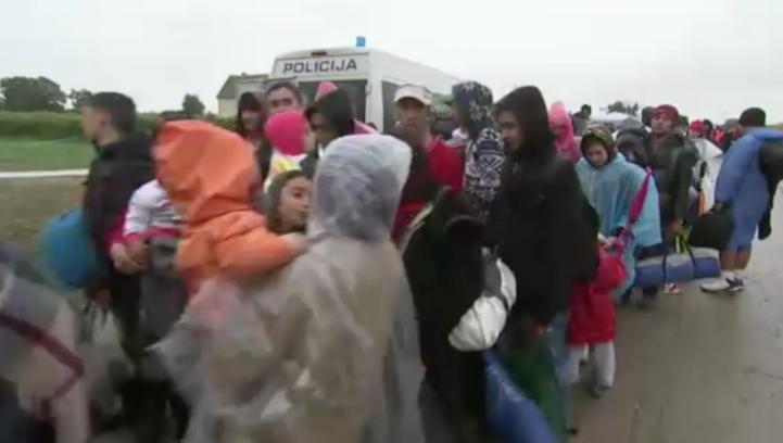 El frío agrava las penurias de los migrantes que llegan a Croacia