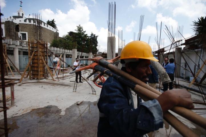 Comuneros detienen obra en  Milpa Alta