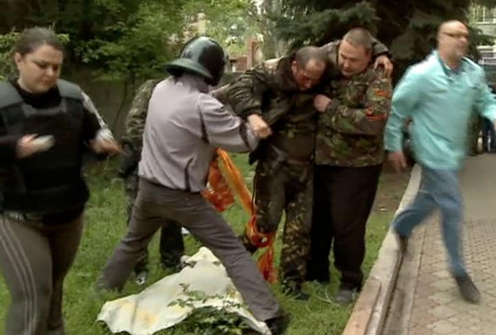 Ucrania lanza ofensiva contra pro rusos