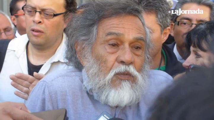 """""""No se puede dar carpetazo"""" al caso de Ayotzinapa, afirma el artista Francisco Toledo"""