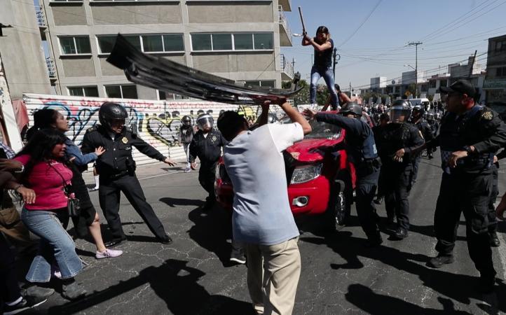 Manifestantes intentan linchar a conductor en Álvaro Obregón