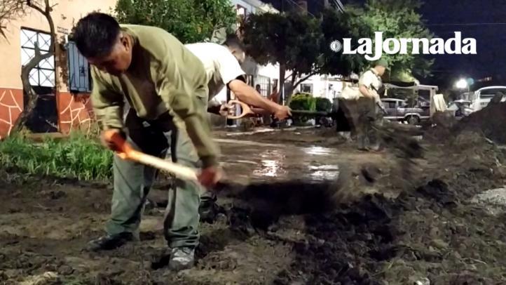 Inundaciones y desbordamiento de un canal, saldo de lluvias en Jalisco