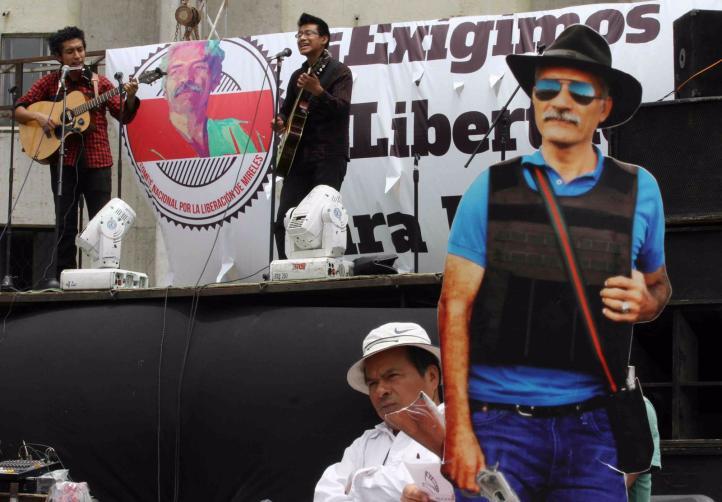 Libertad a Mireles, exigen en jornada nacional por su excarcelación