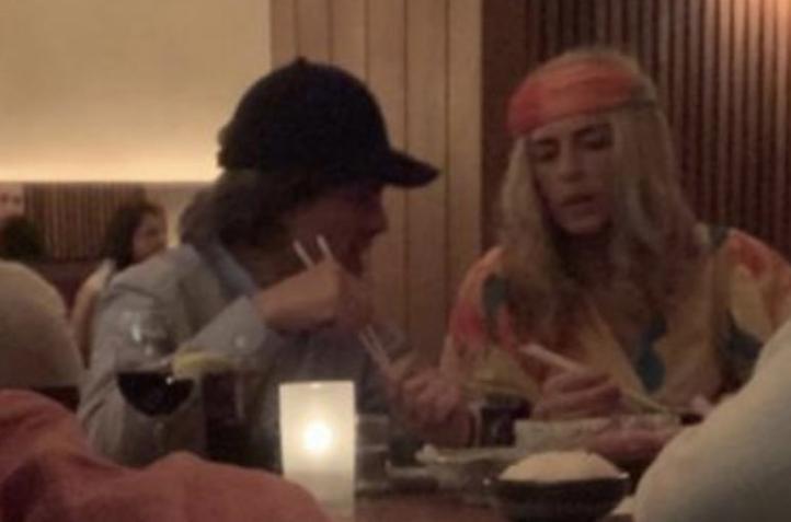 Captan a Peña y Tania Ruiz en restaurante neoyorkino